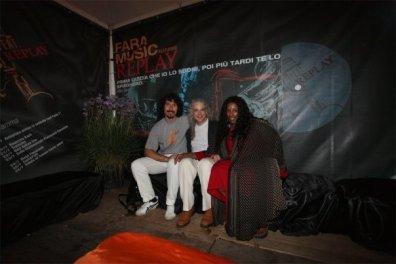 Fara Music Festival 2009, with Tuck & Patti